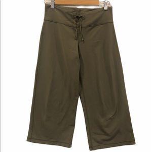 lululemon Wide Leg Pants-Cropped Army Green 9